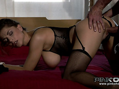 Heart stopping busty Italian babe Roberta Gemma sucks dick