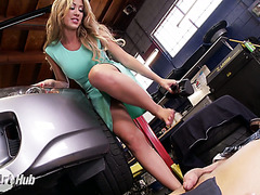 Slutty MILF with big udders Capri Cavanni makes out with car repairman