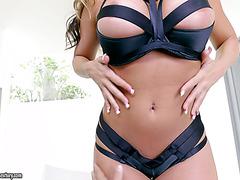 Steamy slamming of amazingly voluptuous mamacita Richelle Ryan