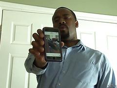 Чернокожий отчим отодрал свою белую падчерицу Джордан Далхарт