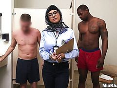 Arab Mia Khalifa compares white and black cocks scientifically and jerks them off