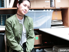 Shoplifting Asian chick Jade Noir fucks security to avoid punishment