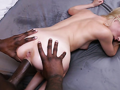 Piper Perri's tight cooch gets filled to the brim by big mandingo cock