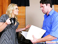 Ladyboss Mia Malkova fucks her subordinate to apologize for spitting in his face