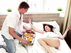 Caring guy brings breakfast in bed to Antonia Sainz and gives her the dick