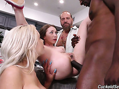 Angel Smalls joins her cucking stepparents 'cause she wants this BBC too