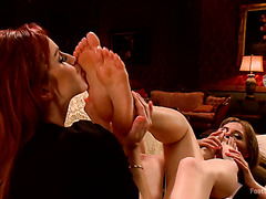 Lesbian foot sucking and foot fisting with kinky Mona Wales and Bella Rossi