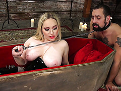 Vampire mistress Aiden Starr smothers man slave with her big ol booty