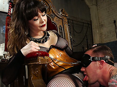 Obedient servant satisfies empress Danielle Foxxx with tongue and dick