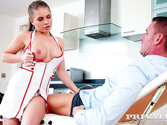Lovely nurse Alessandra Jane makes out with patient
