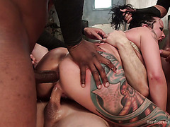Filthy sex maniac Lola Luscious serves her holes for bunch of hunks