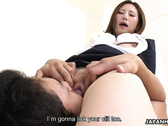 Emotional Jap Rei Haruka cums dozen of times thanks to pussy eater