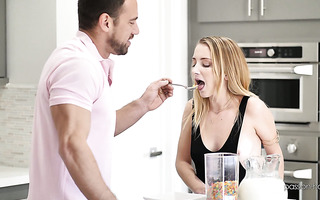 Babe Alex Blake has a cereal and orgasms for a breakfast