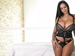 Thicc MILF Ava Addams gets oiled and fucked by young masseur