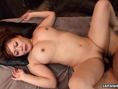 Creampies and pearl necklace for chubby Japanese Hinata Komine