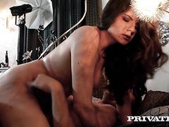 Соблазнительная Франческа Дикаприо даёт любимому в две дырочки