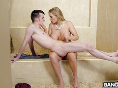 Stepmom mistress Rebecca More dominates tiny stepson