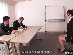 Рара Мизуки на собеседовании на позицию офисной шлюхи