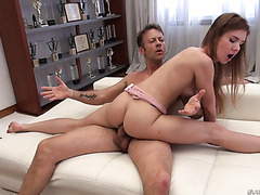 Former ballerina Melissa Benz gets her Russian holes roughed