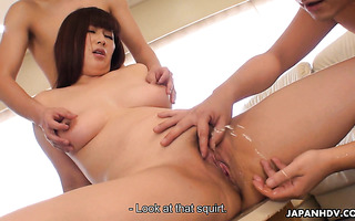 Healthy Asian mom Reiko Shimura gets inseminated in rough MMF
