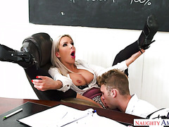Teacher Nina Elle masturbates to VR porn and ends up fucking student