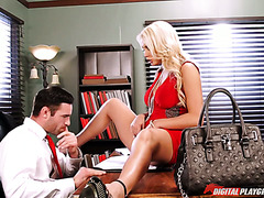 Dumb blonde secretary Kenzie Taylor can't do anything except for sex