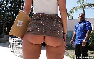 Big ass realtor Candice Dare fucks black guy and drinks his cum