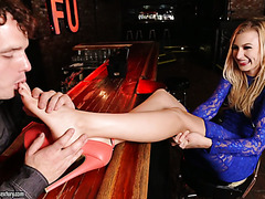 Alexa Grace fucks a feet loving bartender to get a job as a waitress